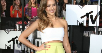 check_out_the_red_carpet_pics_from_mtv_movie_awards_2014
