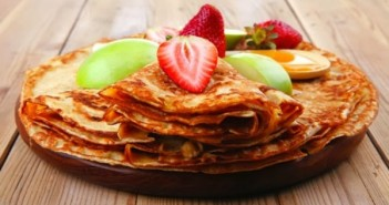 Apple-Raw-pancakes-600x369[1]