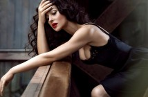 monica-bellucci-actress-black-sexy-dress-wallpaper