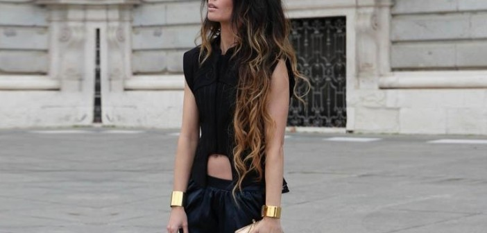 outfit-suggestions-for-long-hair-woman