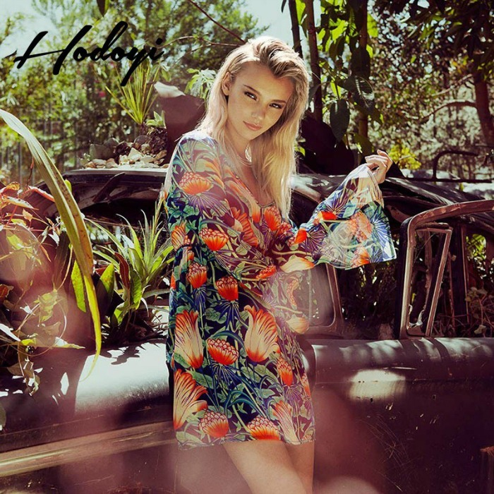 2017-summer-styles-dresses-in-tropical-floral-print-u-neck-lace-stitching-a-swing-dresses-slim