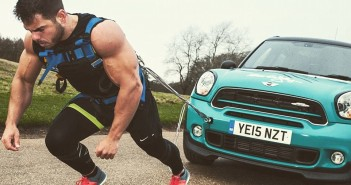 30D90D2A00000578-3428543-Ross_Edgley_a_30_year_old_fitness_fanatic_from_Cheshire_complete-a-3_1454667786066